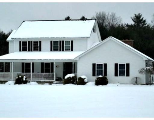 Maison unifamiliale pour l Vente à 14 Lee Road 14 Lee Road Ware, Massachusetts 01082 États-Unis