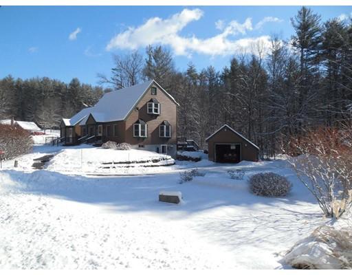 واحد منزل الأسرة للـ Sale في 55 Huckle Hill Road 55 Huckle Hill Road Bernardston, Massachusetts 01337 United States
