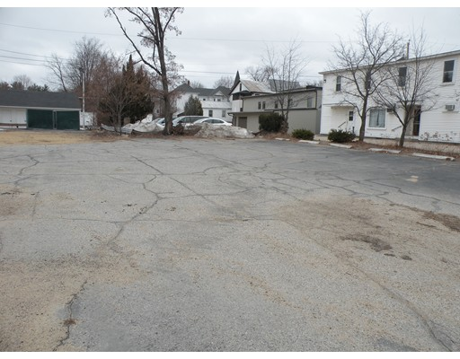 Commercial للـ Sale في 20 Main Street 20 Main Street Conway, New Hampshire 03818 United States