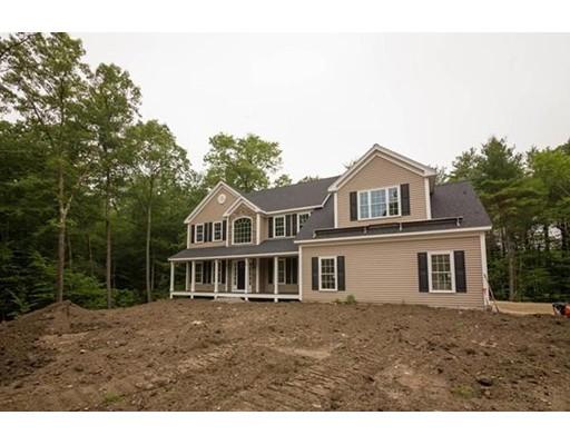 Single Family Home for Sale at 19 Meredith Lane 19 Meredith Lane Sturbridge, Massachusetts 01518 United States