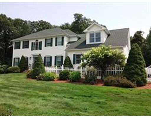 独户住宅 为 销售 在 56 Barrister Circle 56 Barrister Circle Westfield, 马萨诸塞州 01085 美国