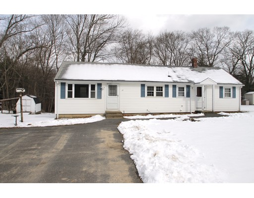 Single Family Home for Sale at 12 Santos Court 12 Santos Court Hanson, Massachusetts 02341 United States