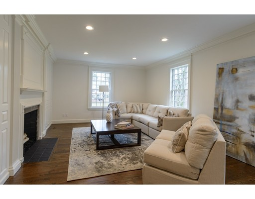 126 Woodlawn Ave, Wellesley, MA, 02481