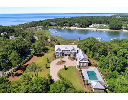 独户住宅 为 销售 在 501 Eel River Road 501 Eel River Road 巴恩斯特布, 马萨诸塞州 02655 美国