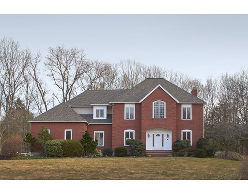 Picture 2 of 12 Page Rd  Weston Ma 4 Bedroom Single Family