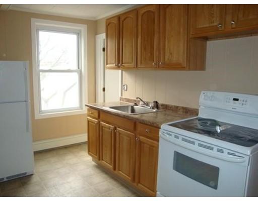 واحد منزل الأسرة للـ Rent في 14 Merrill 14 Merrill Lynn, Massachusetts 01902 United States