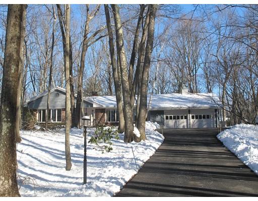 独户住宅 为 销售 在 142 Keith Hill Road 142 Keith Hill Road 格拉夫顿, 马萨诸塞州 01560 美国