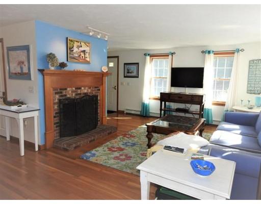 Частный односемейный дом для того Продажа на 16 Blue Heron Lndg 16 Blue Heron Lndg Harwich, Массачусетс 02645 Соединенные Штаты
