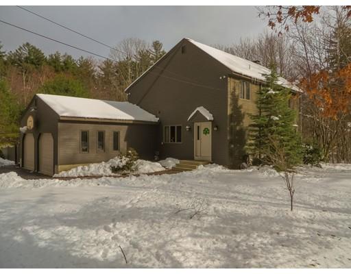 獨棟家庭住宅 為 出售 在 44 Elm Street 44 Elm Street Chelmsford, 麻塞諸塞州 01824 美國