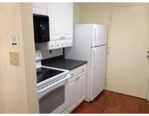 Picture 2 of 3 Silver Hill Ln Unit 3 Natick Ma 2 Bedroom Condo