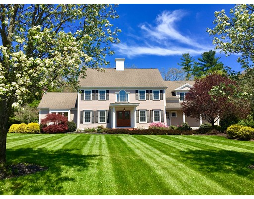 Casa Unifamiliar por un Venta en 108 Homestead Lane 108 Homestead Lane Hanover, Massachusetts 02339 Estados Unidos