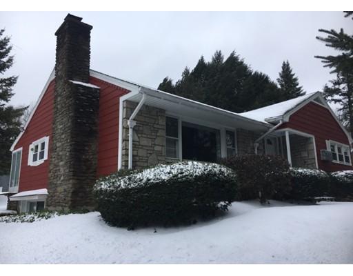 Single Family Home for Sale at 121 Charlton Road Spencer, Massachusetts 01562 United States