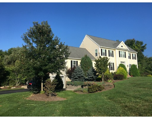 Single Family Home for Sale at 10 Blueberry Lane Northborough, 01532 United States