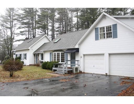 واحد منزل الأسرة للـ Sale في 884 Federal Street 884 Federal Street Belchertown, Massachusetts 01007 United States