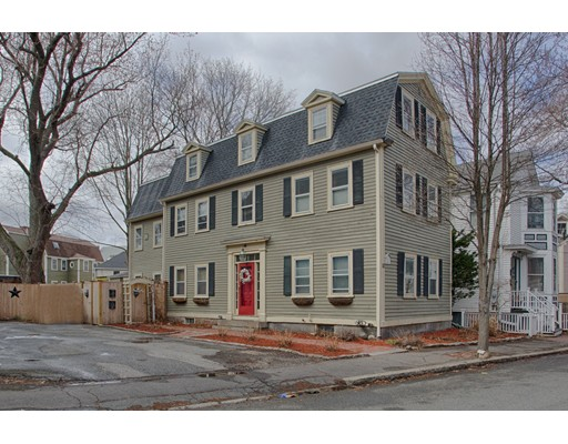 Picture 1 of 10 Pleasant St  Salem Ma  4 Bedroom Multi-family