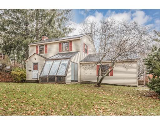 واحد منزل الأسرة للـ Sale في 33 Eastford Road 33 Eastford Road Auburn, Massachusetts 01501 United States
