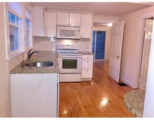 独户住宅 为 出租 在 19 Bennett Street 19 Bennett Street Wrentham, 马萨诸塞州 02093 美国