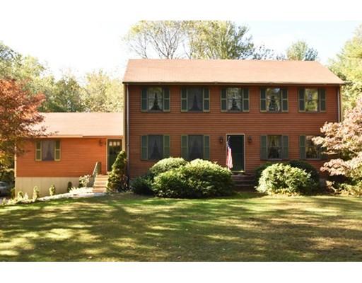 Maison unifamiliale pour l Vente à 107 Yew Street 107 Yew Street Douglas, Massachusetts 01516 États-Unis