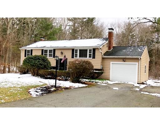 Casa Unifamiliar por un Venta en 391 Old Town Way 391 Old Town Way Hanover, Massachusetts 02339 Estados Unidos