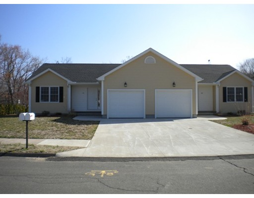 واحد منزل الأسرة للـ Rent في 41 Mark Drive 41 Mark Drive Agawam, Massachusetts 01001 United States