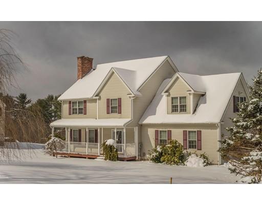 واحد منزل الأسرة للـ Sale في 1012 Reed Street 1012 Reed Street Warren, Massachusetts 01083 United States