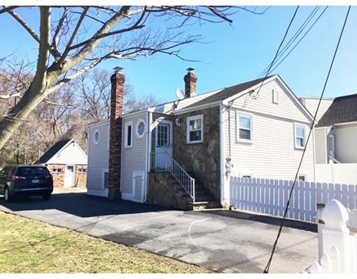 Single Family Home for Sale at 137 Potter Street 137 Potter Street Dartmouth, Massachusetts 02748 United States
