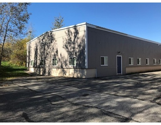 Additional photo for property listing at 60 Newark Street 60 Newark Street Haverhill, 马萨诸塞州 01832 美国