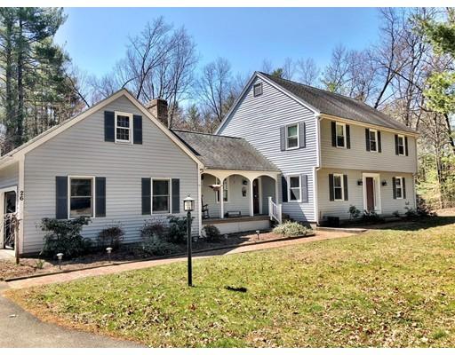 独户住宅 为 销售 在 26 Foxglove Lane 26 Foxglove Lane Amherst, 马萨诸塞州 01002 美国