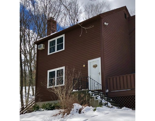 Single Family Home for Rent at 170 Cowell Road 170 Cowell Road Wrentham, Massachusetts 02093 United States