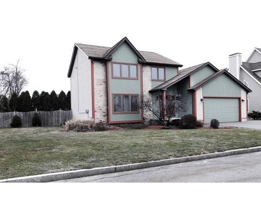 独户住宅 为 销售 在 18 Constitution Road 18 Constitution Road 斯托纳姆, 马萨诸塞州 02180 美国