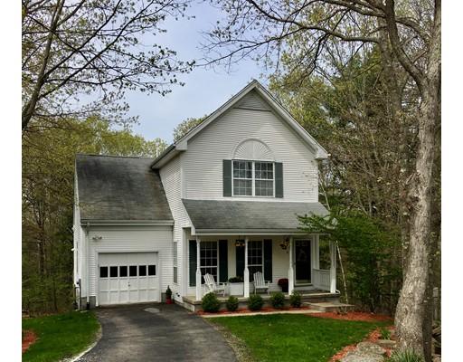 独户住宅 为 销售 在 8 Lyon Lane Foxboro, 02035 美国