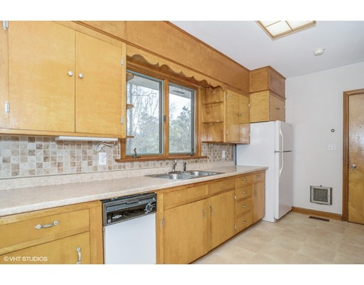 625 Poponessett Rd, Barnstable, MA, 02635
