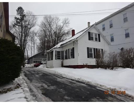 واحد منزل الأسرة للـ Sale في 261 Main Street 261 Main Street Gardner, Massachusetts 01436 United States