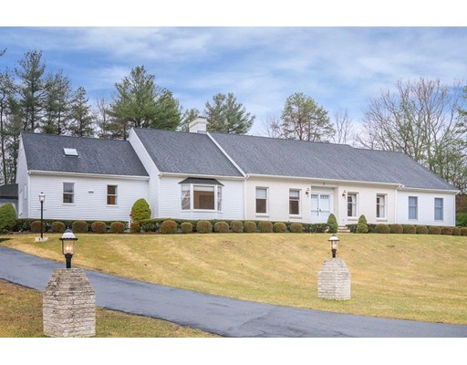 Single Family Home for Sale at 7 Southfield Drive 7 Southfield Drive Dover, Massachusetts 02030 United States