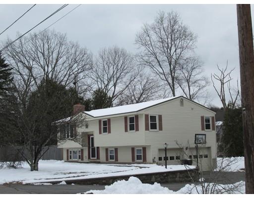 Maison unifamiliale pour l Vente à 63 Sunrise Avenue 63 Sunrise Avenue Grafton, Massachusetts 01519 États-Unis