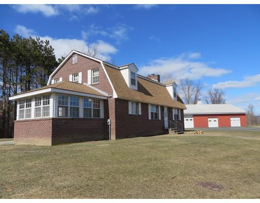 Single Family Home for Sale at 34 Plain Rd E 34 Plain Rd E Deerfield, Massachusetts 01373 United States