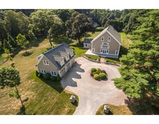 Частный односемейный дом для того Продажа на 786 Bay Road 786 Bay Road Hamilton, Массачусетс 01982 Соединенные Штаты