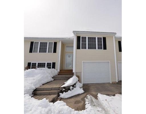 Condominium for Sale at 37 Susans Way #37 37 Susans Way #37 Fremont, New Hampshire 03044 United States