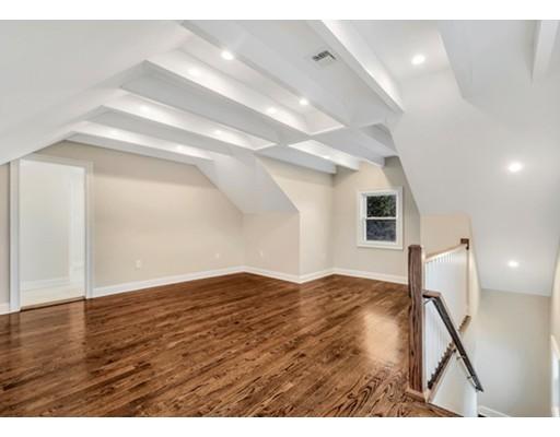 31 Oak 2, Wellesley, MA, 02482