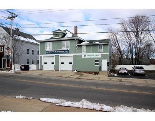 Commercial pour l Vente à 345 S Main Street 345 S Main Street Woonsocket, Rhode Island 02895 États-Unis