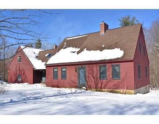 واحد منزل الأسرة للـ Sale في 794 New Braintree Road 794 New Braintree Road Oakham, Massachusetts 01068 United States