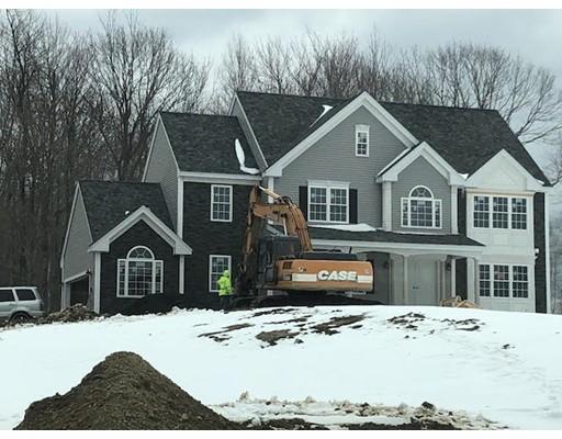 واحد منزل الأسرة للـ Sale في 18 Rock Maple Lane 18 Rock Maple Lane Westminster, Massachusetts 01473 United States