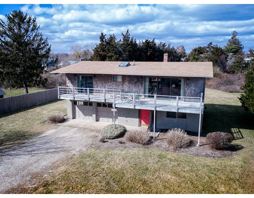 Single Family Home for Sale at 142 Beebe Acres Road 142 Beebe Acres Road Falmouth, Massachusetts 02540 United States