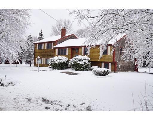 Casa Unifamiliar por un Venta en 54 BRIDGE STREET 54 BRIDGE STREET Raynham, Massachusetts 02767 Estados Unidos