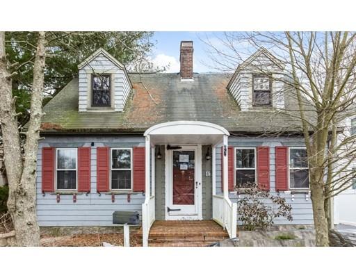 Частный односемейный дом для того Продажа на 15 Robert Street 15 Robert Street Dartmouth, Массачусетс 02747 Соединенные Штаты