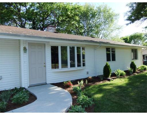 Maison unifamiliale pour l à louer à 51 Marjorie Road 51 Marjorie Road Braintree, Massachusetts 02184 États-Unis