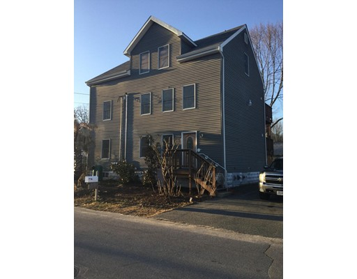 Single Family Home for Rent at 23 Edgewood Drive 23 Edgewood Drive Attleboro, Massachusetts 02703 United States
