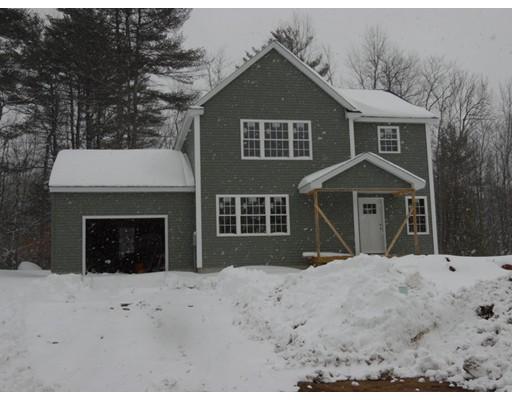 Maison unifamiliale pour l Vente à 63 Brookside Drive 63 Brookside Drive Gardner, Massachusetts 01440 États-Unis