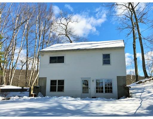 واحد منزل الأسرة للـ Sale في 94 Channel Drive 94 Channel Drive Belchertown, Massachusetts 01007 United States