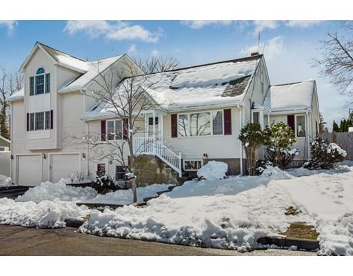 واحد منزل الأسرة للـ Sale في 1 Henry Ter 1 Henry Ter Peabody, Massachusetts 01960 United States